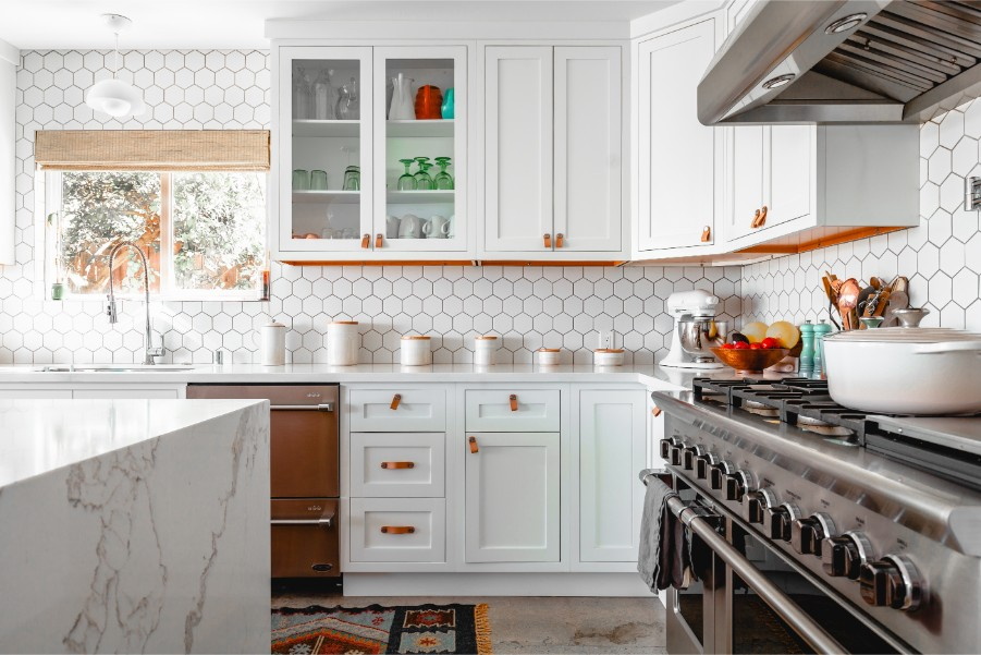 How Kitchen Paint Colors Can Help You Eat Better - Paintzen